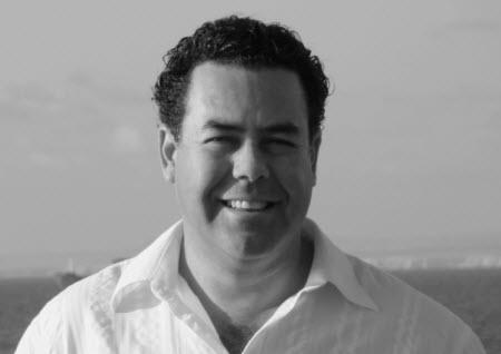 Roberto Avaria: un escritor con alma deniño