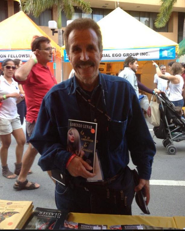 """""""La cabellera de Berenice"""" fue presentada en la Feria del Libro de Miami"""