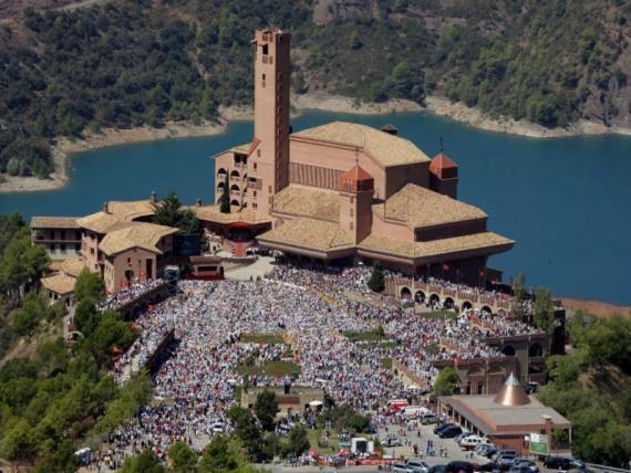 Santuario de Torreciudad (Barbastro-España) en el que se inspiró el autor